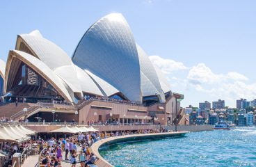 Australia Immigration Eligibility Criteria for Accountants & Electronics Engineers