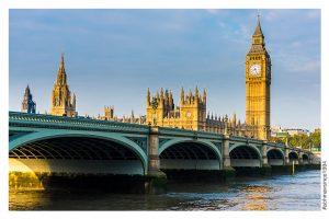 UK adopts Australian style immigration